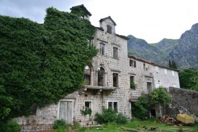Pałac Iveliciów - Risan